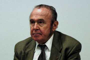 Dr. Andrew Schally:  1977 Nobel-laureate:  Neuronal peptide hormones (GHRH) activating PAK1 gene.
