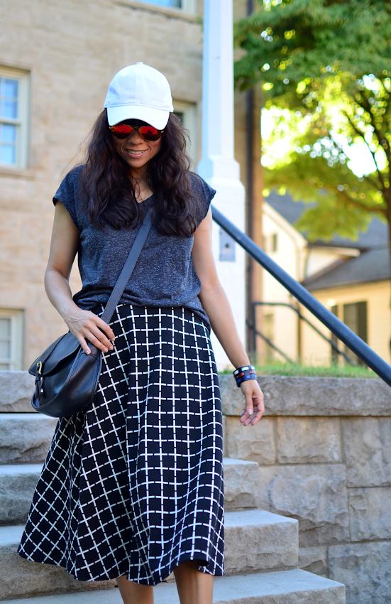 Skirt with window pane print