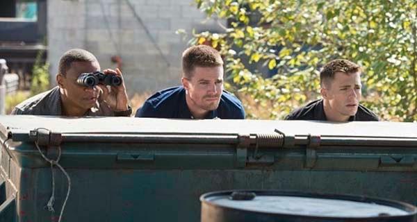 Oliver, Diggle y Roy en Arrow 3x03 - Corto Maltese