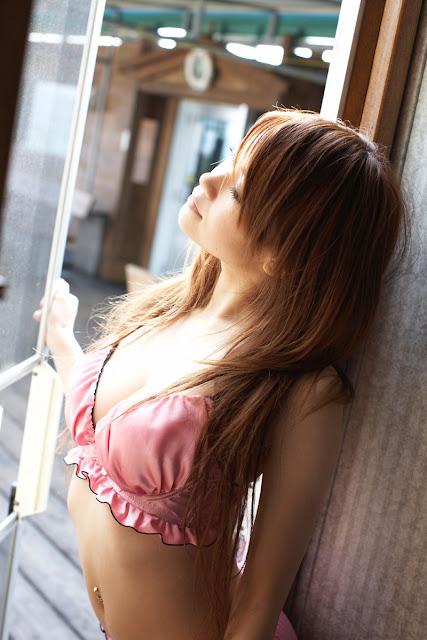 Kuroki Arisa 黒木アリサ Photos 03
