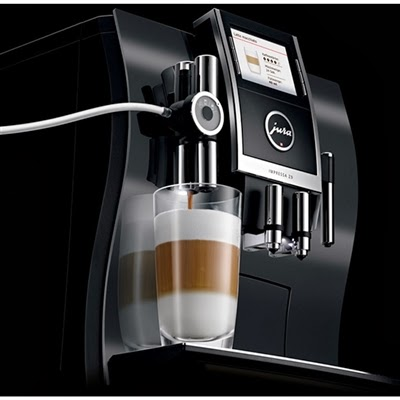 Jura Impressa Z9 Making Cappuccino