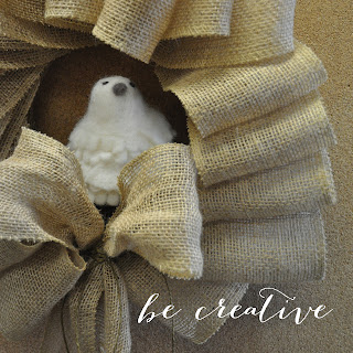 burlap wreath tutorial on Creative Bag's blog