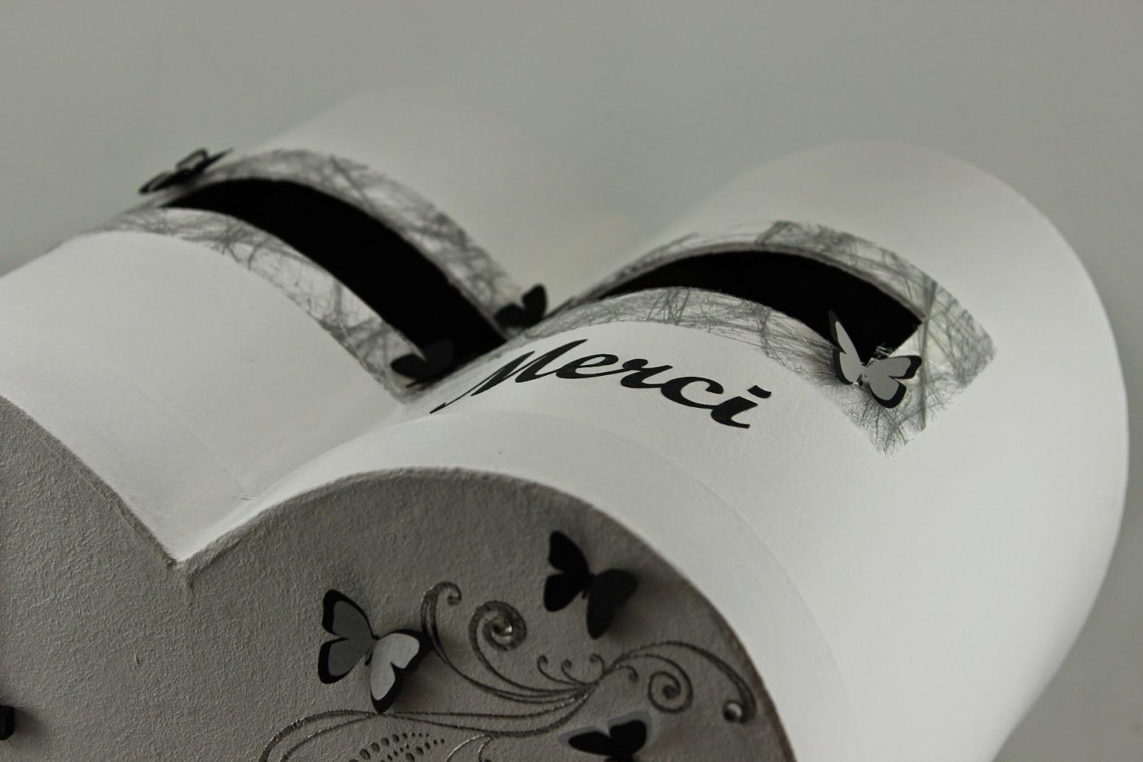 urne de mariage noire et blanche th me papillons l 39 atelier de claram line. Black Bedroom Furniture Sets. Home Design Ideas