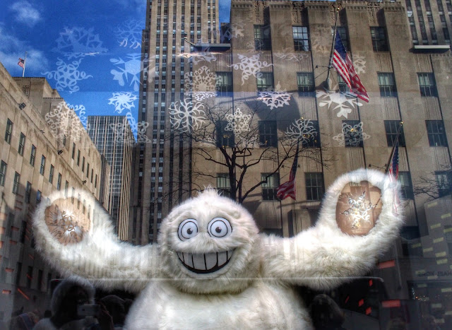 Yeti in the City, #SaksYeti #5thavenuewindows #NYC 2013