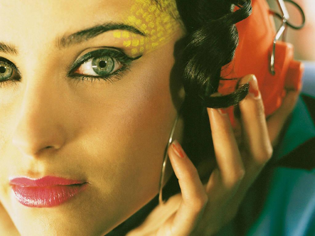http://1.bp.blogspot.com/-NBOPVlWDa5o/TVy6lB2YayI/AAAAAAAAEWs/Oz2bgs7JutM/s1600/Nelly-Furtado-6.JPG