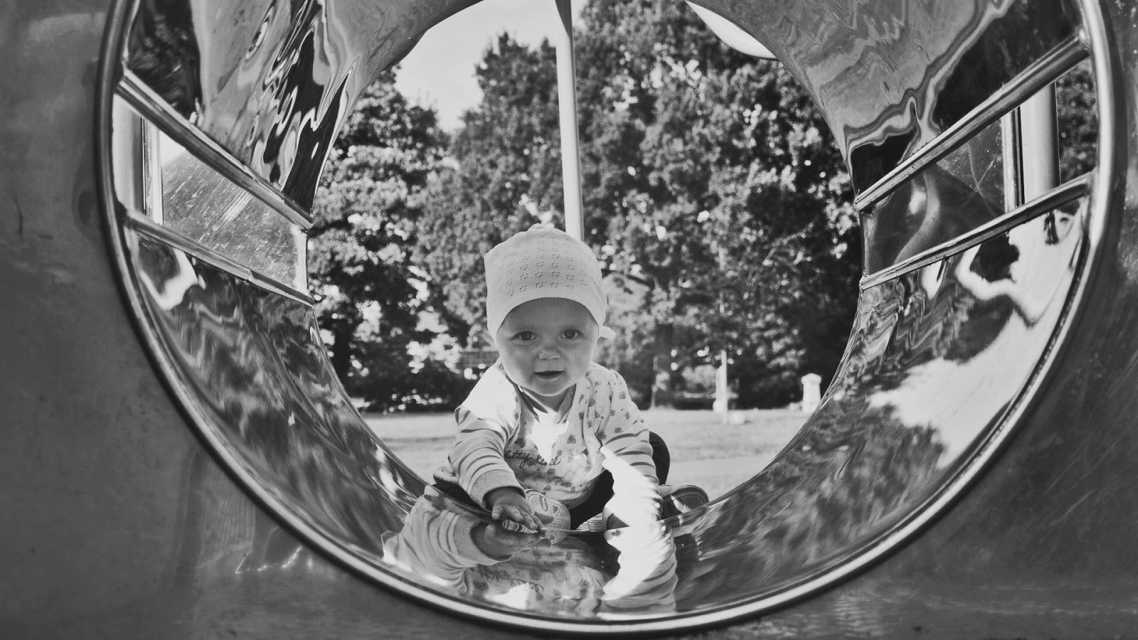 10 miesięcy, plac zabaw, fajne zdjęcia