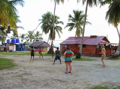 Senidup, Isla Guanidup, Guna Yala, San Andrés, Panamá, round the world, La vuelta al mundo de Asun y Ricardo, mundoporlibre.com