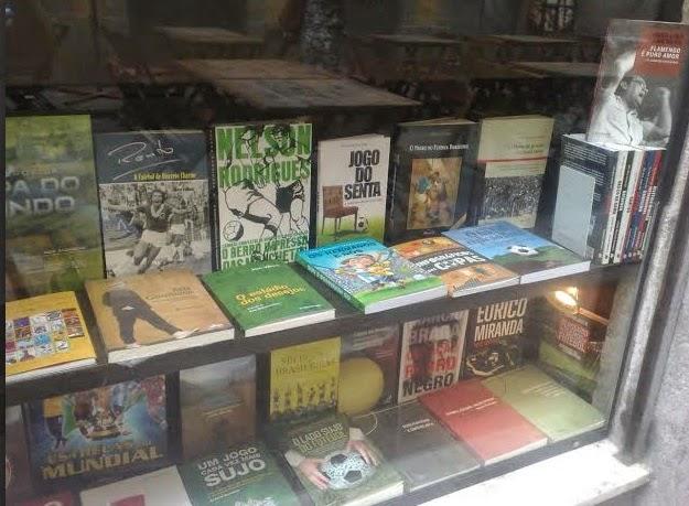 À venda também na Livraria Folha Seca