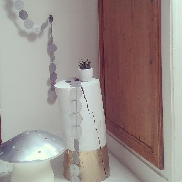 Guirlandes argent Serendipity et lampe champignon