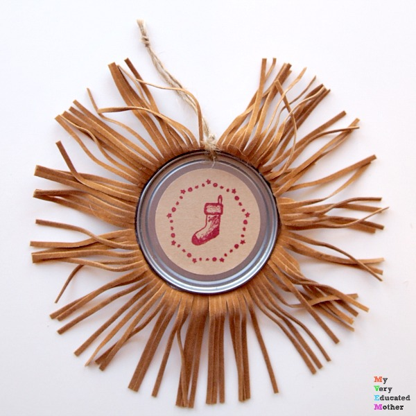 Fringed Juice Lid Ornaments are quick and easy and a perfect addition to your rustic Christmas look.