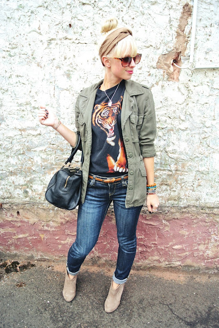 tiger tee, graphic tee, vintage tee, safari jacket, skinny jeans, booties, H&M studded bag, headband, bangles, New Histories rings