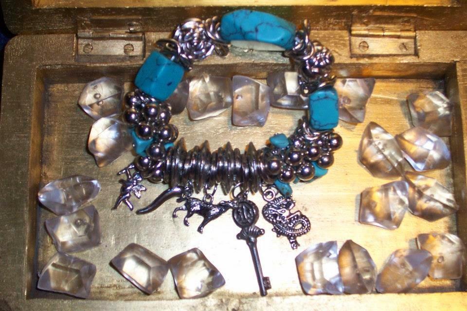 Turquoise Charm Bracelet J002