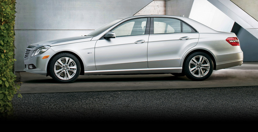 Mercedes benz e class saloon owner guide 2011 manual for Mercedes benz e class manual