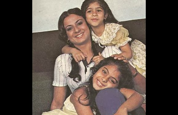 childhood rare photos of Kajol | childhood rare photos of Tanisha