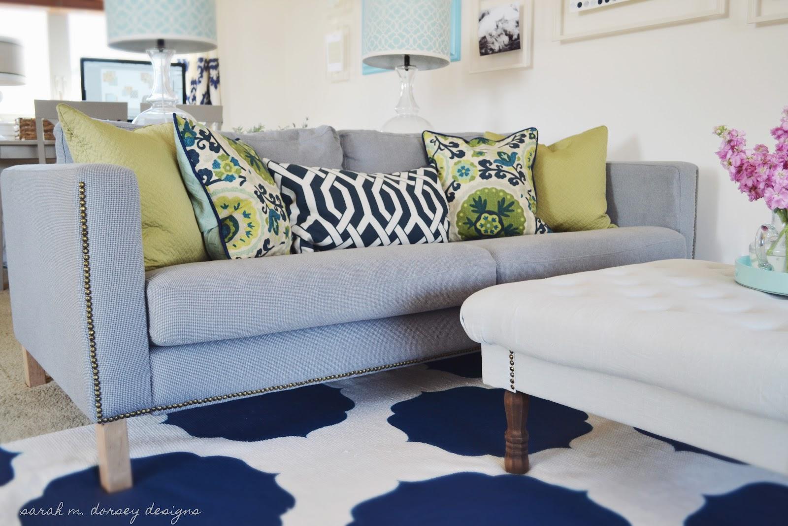 sarah m dorsey designs karlstad sofa with nailhead trim. Black Bedroom Furniture Sets. Home Design Ideas