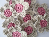 How to Crochet a Flower (Part 1) - CraftStylish