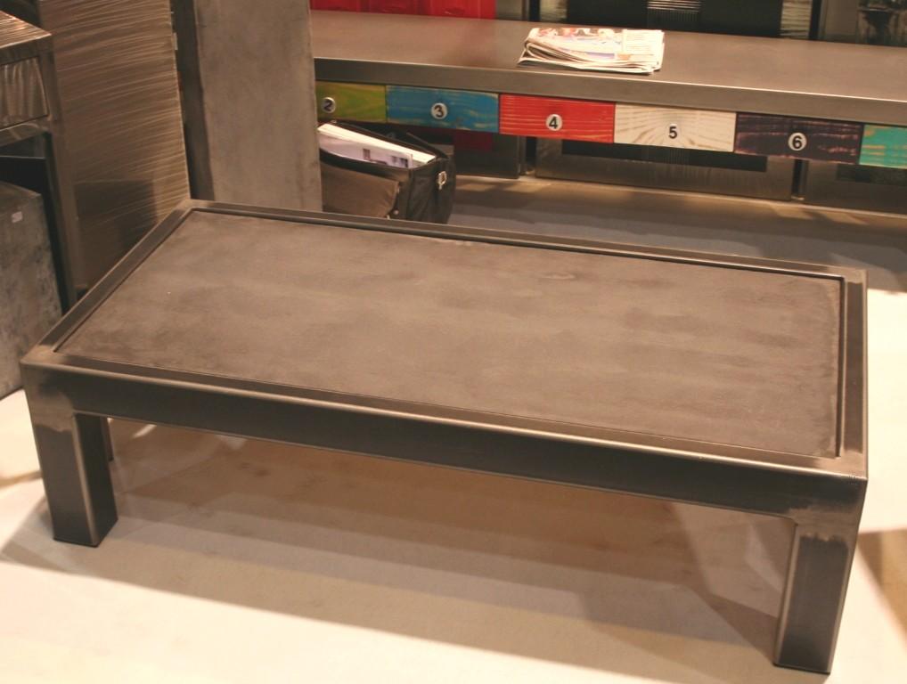 table beton com la table b ton et acier brut. Black Bedroom Furniture Sets. Home Design Ideas