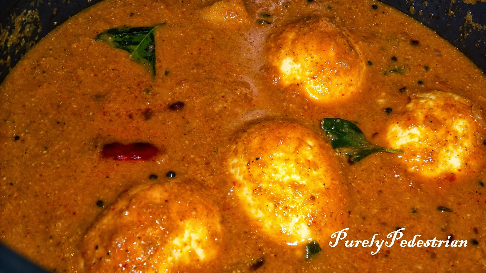 Purely Pedestrian: Naadan Varatharacha Motta Curry / Kerala Egg Curry