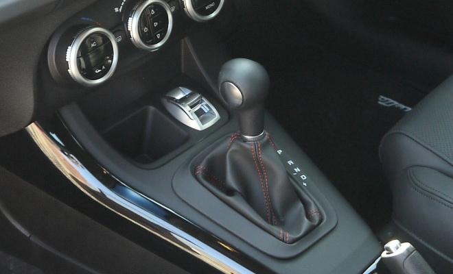 Alfa Romeo TCT gearshift