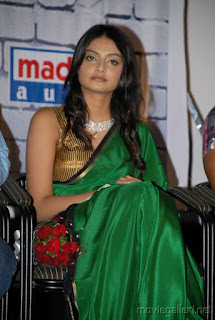 Nikitha Narayan Sizzling Beauty in Green saree Young and Tender Nikitha Narayan