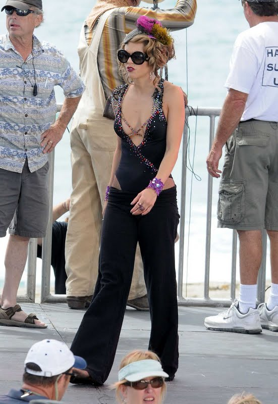 "AnnaLynne McCord on ""90210″ Set in Redondo Beach"