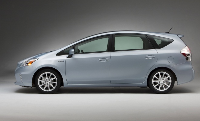 Toyota Prius+ from the side