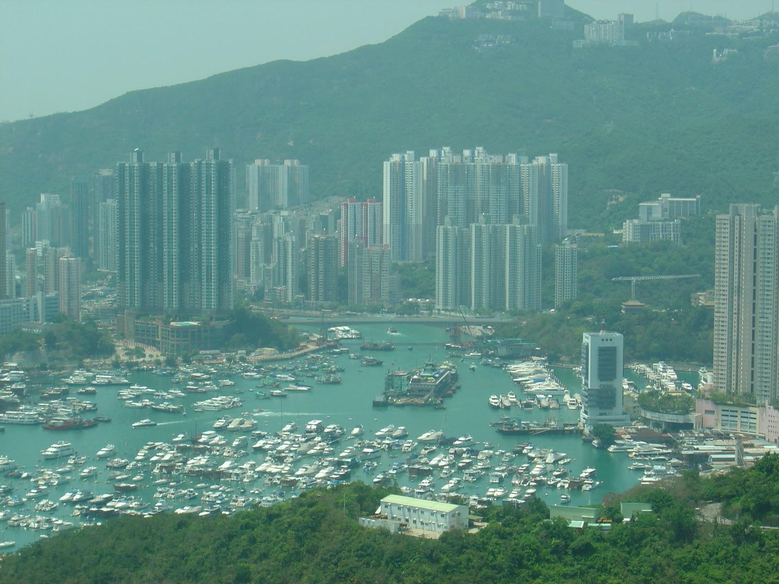 followme: Lost in Hong Kong