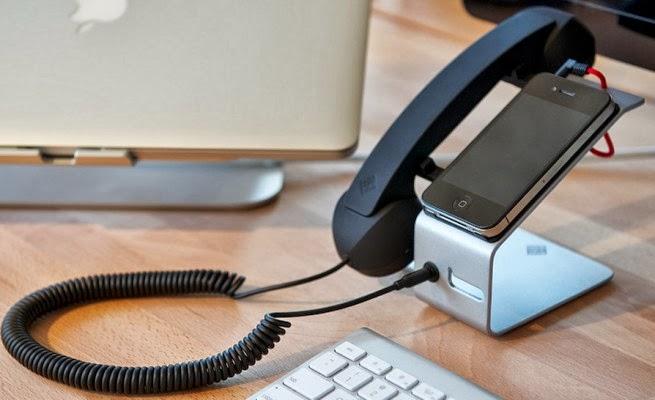 un telephone fixe qui ne manque pas de