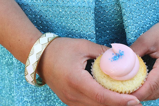 House of Harlow 1960 Bangle and Cupcake