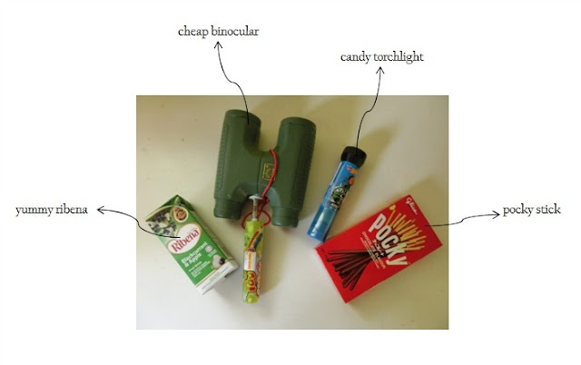 Mrs Pip mmg cheapskate , beli cheap binocular dan candy torchlight yang cute untuk lil' Iman