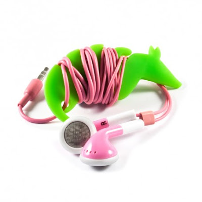 Creative and Cool Headphones and Earphones Cord Organizers (15) 8