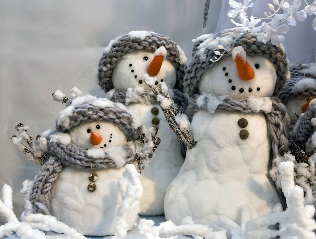 merry christmas Three Snowman wallpaper hd