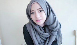 Tutorial Hijab Pashmina Acara Formal