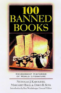 Book cover: 100 Banned Books