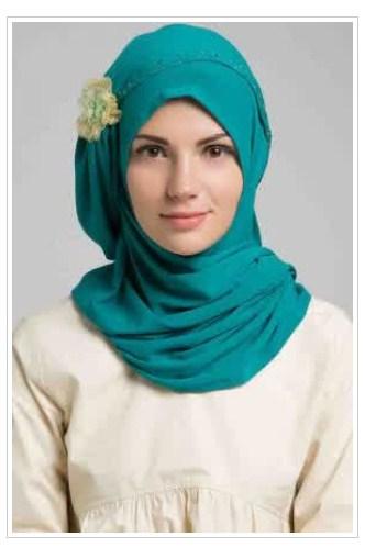 Style Fashion Hijab Modern Feminin Terbaru