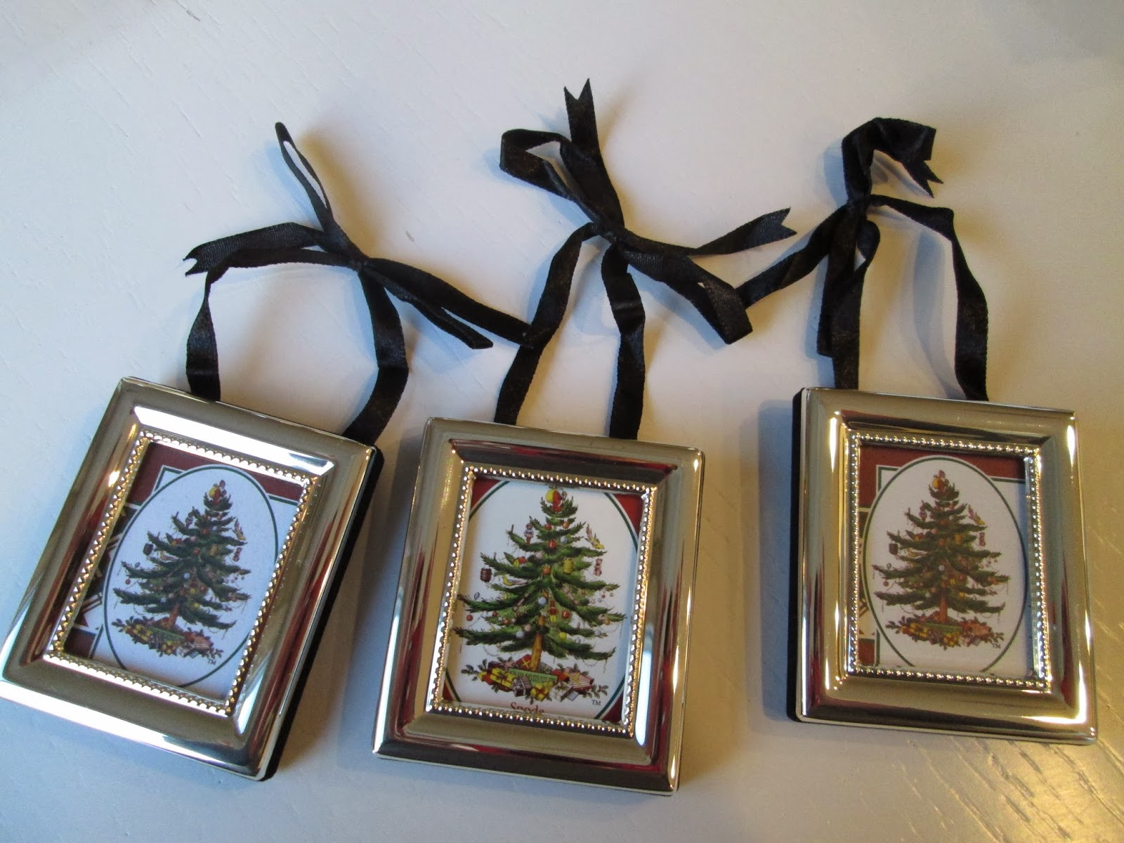 Christmas Tree Ornaments Picture Frames : Roommom spode christmas tree ornaments