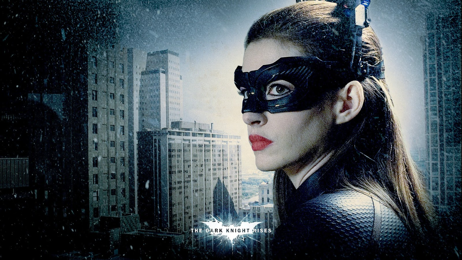 http://1.bp.blogspot.com/-NG7mYWKEkus/UArRieBnQqI/AAAAAAAAC94/n2CzdmufZKQ/s1600/Anne_Hathaway_Catwoman_The_Dark_Knight_Rises_HD_Wallpaper-Vvallpaper.Net.jpg