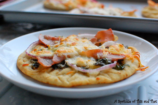 Pita Pizza Centerpice Wednesday A sprinkle of this and that blog
