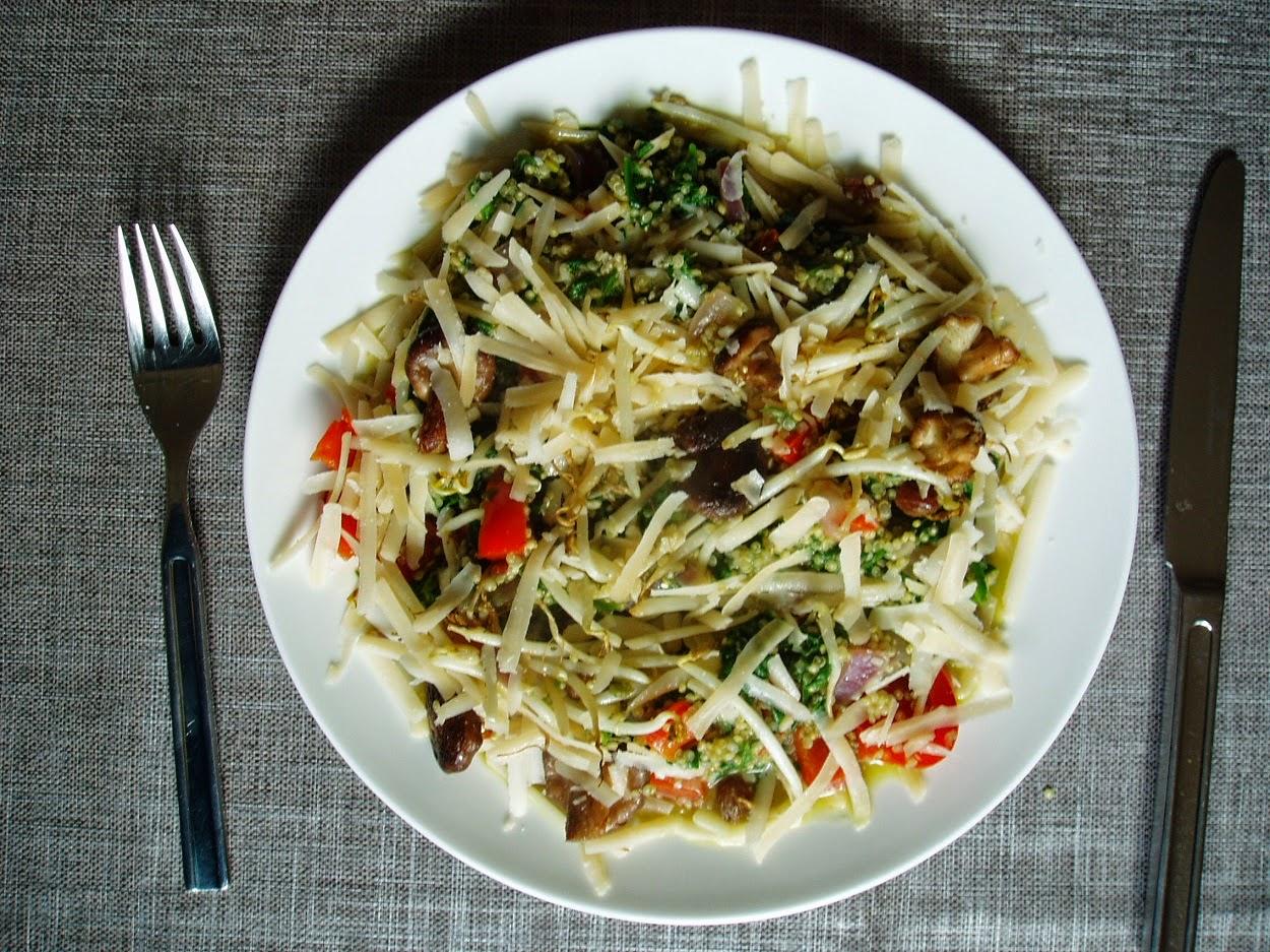 quinoa, champignons en nieuwzeelands spinazie