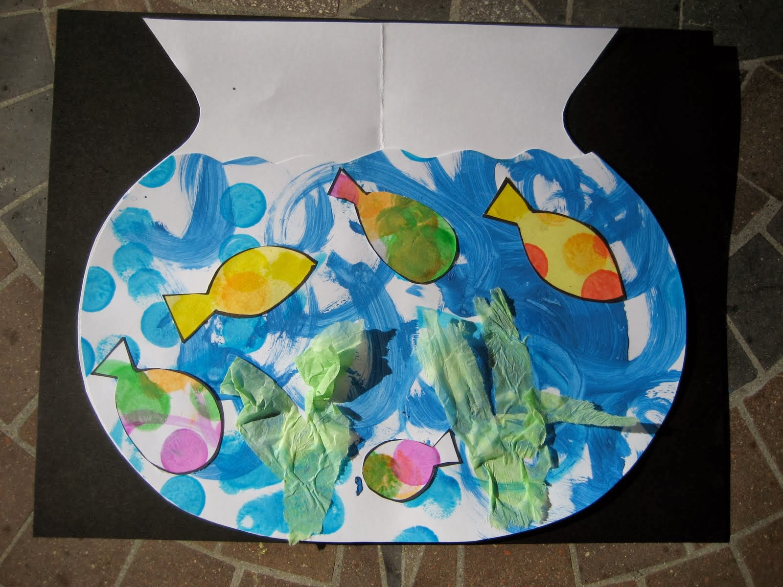 Toddler approved rainbow fish crafts and activities for Fish for toddlers