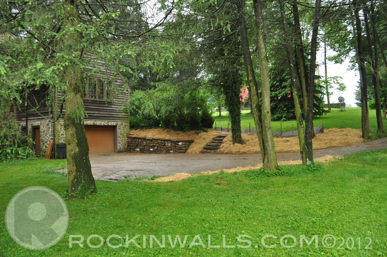 http://1.bp.blogspot.com/-NGwb3rXspQg/T9u9rgBqHcI/AAAAAAAACJQ/5W0CgE-h_1U/s1600/WM+28+Full+Shot+Glenville+Dry+Laid+Stone+Retaining+Wall.jpg