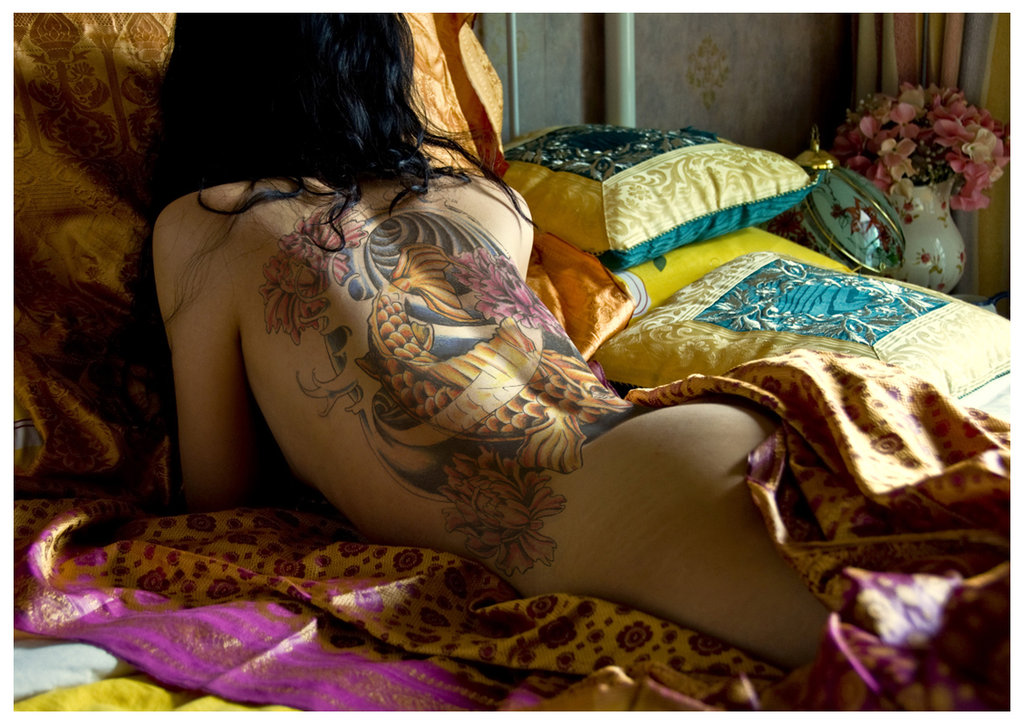 naked asian chick tattoo designs