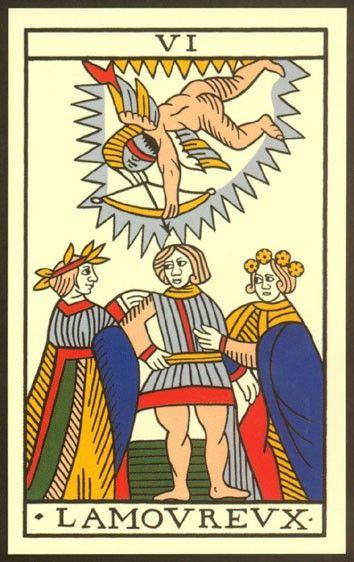 L Amoureux est la sixième carte du Tarot de Marseille. Sur cette lame, un  jeune homme, placé entre deux jeunes femmes, hésite sur la direction qu il  doit ... 2dc1ce111ced