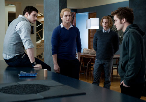 The Cullen boys in Twilight Saga: Eclipse 2010 movieloversreviews.blogspot.com