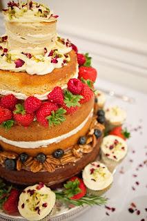 A Naked Wedding Cake