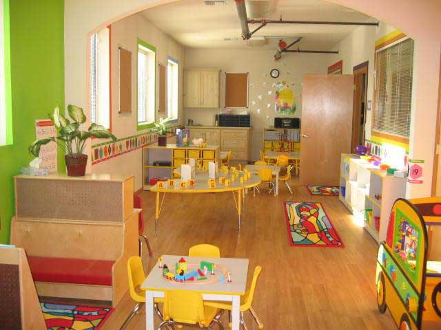 Home exterior designs preschool classroom decorating ideas Dacare room designs