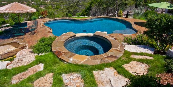 Fotos de piscinas vistas de piscinas de campo for Fotos casas de campo con piscina