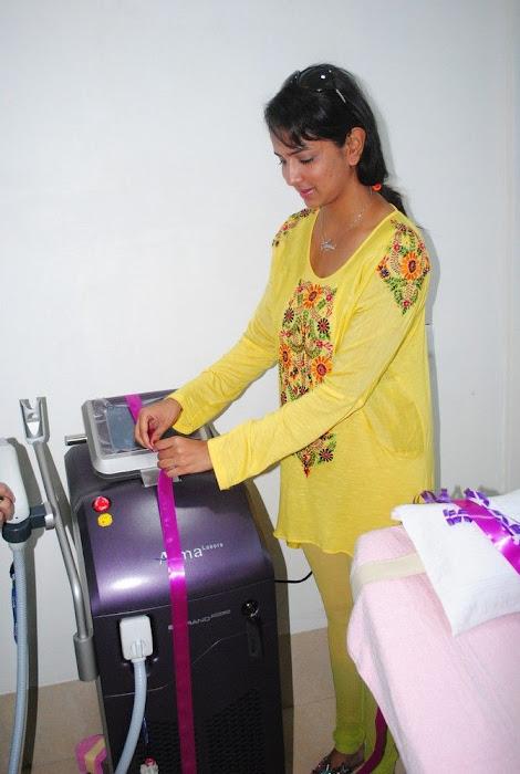 Lakshmi Prasanna @ Livlife Hospitals Function Photo Set - N/W  Lakshmi-Prasanna-at-Livlife-Hospitals_023