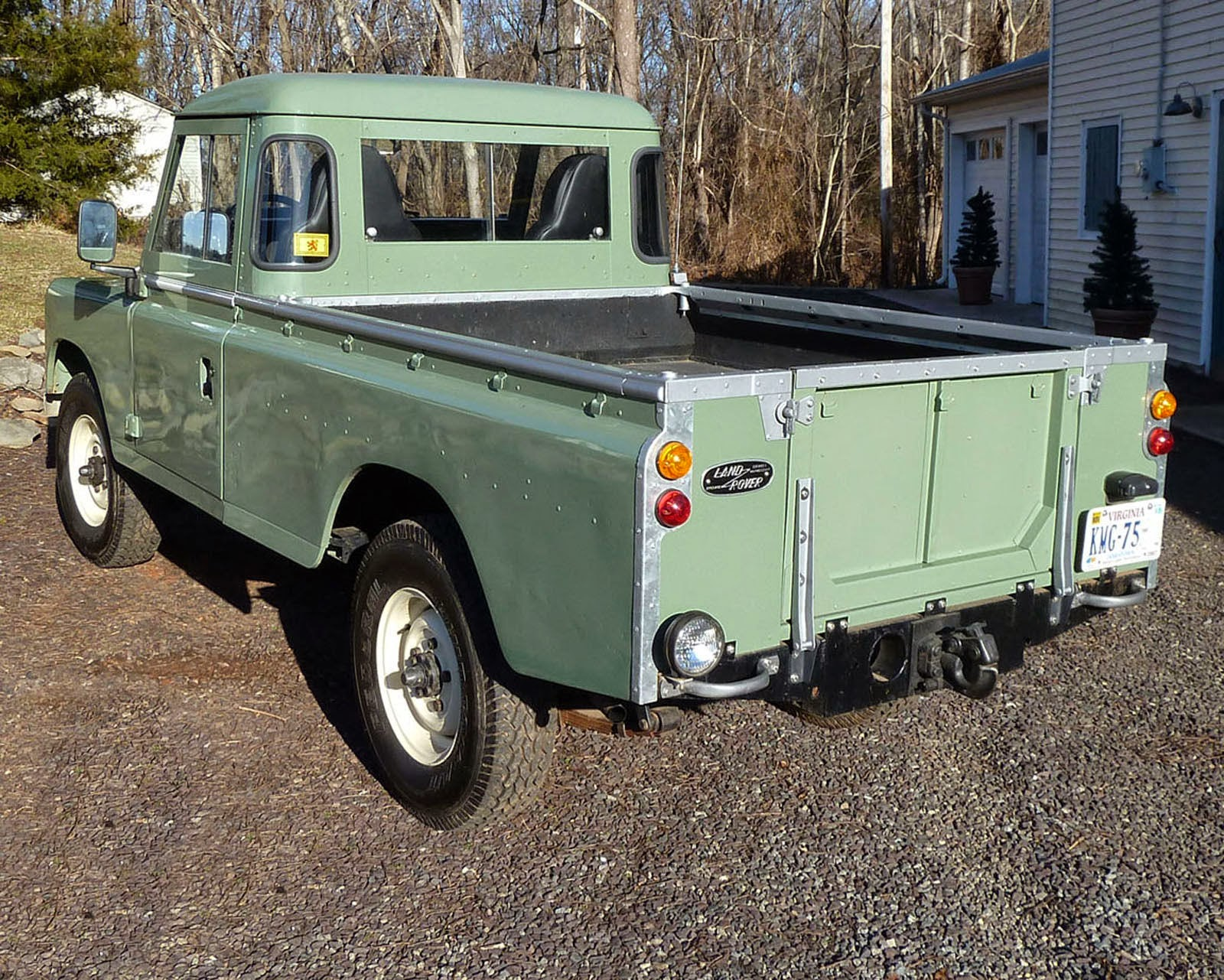 1973 land rover pick up truck auto restorationice. Black Bedroom Furniture Sets. Home Design Ideas