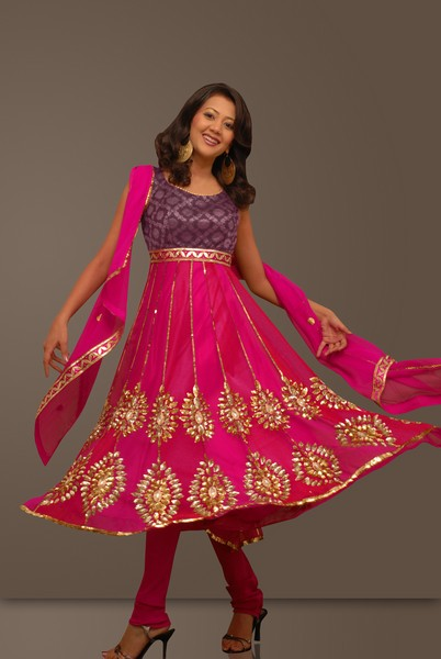 neck designs for salwar kameez. Exclusive Saree Blouse Design